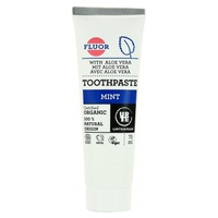 Toothpaste With Mint Fluoride