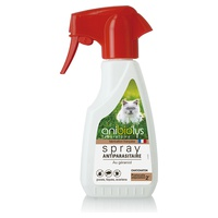 Spray antiparasitario para gatos