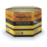 Megaroyal Immunitas