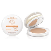 Haute Protection Base compacta de cor bege SPF50