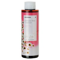 Intimate cleansing foaming gel with chamomile