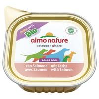 Cane- salmone in vaschetta