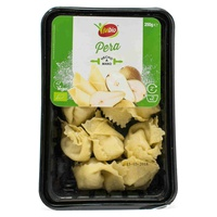 Pasta fresca rellena de pera & queso vegan