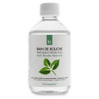Enjuague bucal orgánico con menta con taza medidora